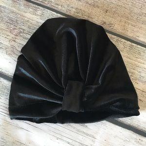 Other - Brand New Black Velvet Baby Girl Turban Hat 0-24M